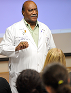 Accomplished medical professional speaks at NYLF Medicine