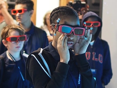 Students at NYLF Explore STEM Alumni participate in a virtual reality (VR) exploration of the Red Planet (Mars)
