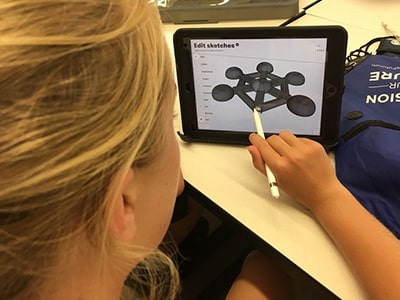 Student uses CAD software at NYLF Explore STEM